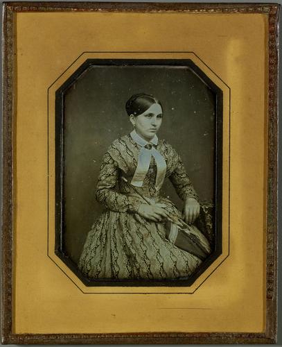 Portrait de jeune fille