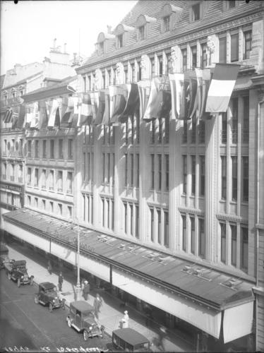 Genève, rue du Marché: magasin Au Grand Passage