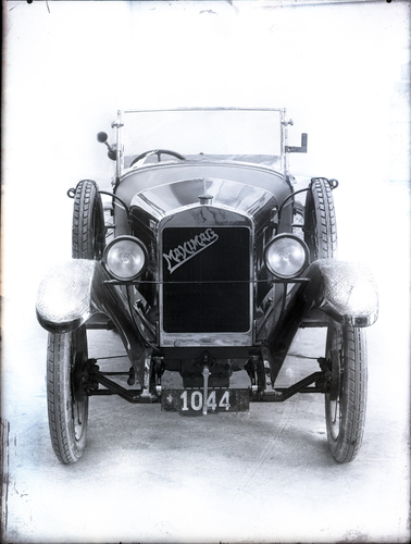 Automobile Maximag vue de face