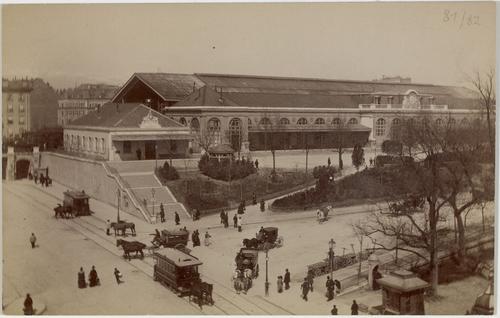 Genève, place Cornavin: vue de la gare