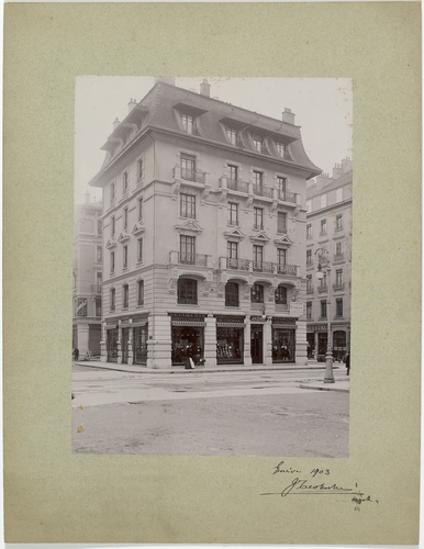 Genève, immeuble locatif rue du Rhône 94