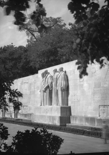 Genève, promenade des Bastions: monument international de la Réformation