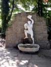 Vignette 3 - Titre : Neptune, statue et vasque
