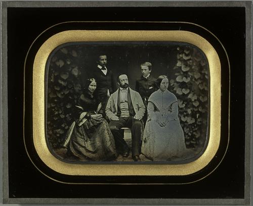 Portraits Charles et Sophie Eynard et de leurs trois enfants Gabriel, Féodor et Hilda