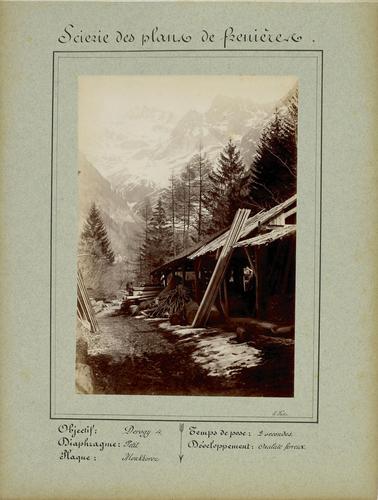 Canton de Vaud, les Plans de Frenières: scierie