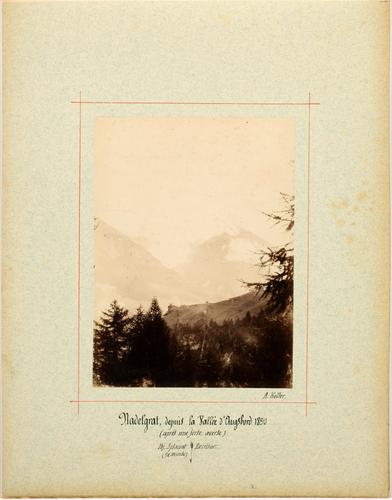 Le Nadelgrat vu depuis la vallée d'Augstbord