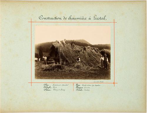 Liestal, construction d'une chaumière