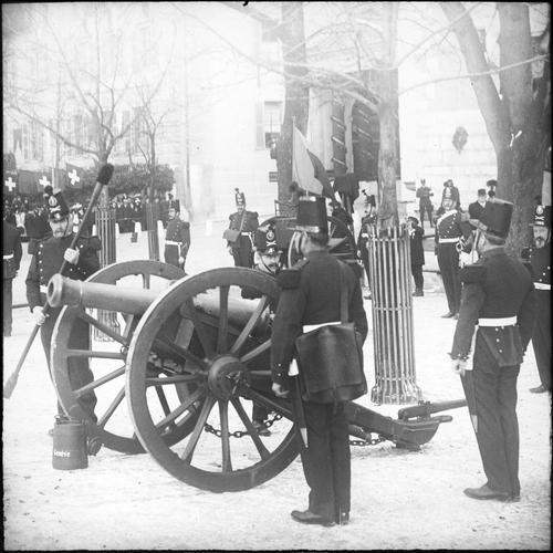 Genève, fête du Centenaire: artilleurs