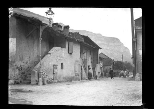 Veyrier, village