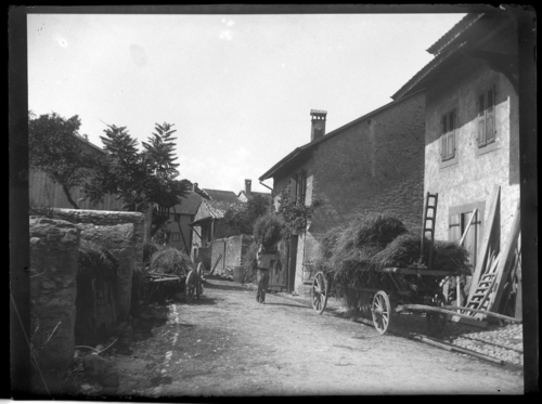 Hermance, rue du village