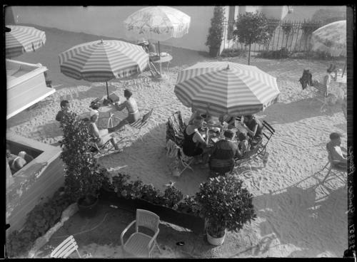 Cologny, Genève-Plage: restaurant