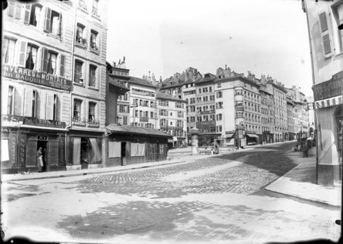 Genève, place Saint-Gervais et rue Coutance