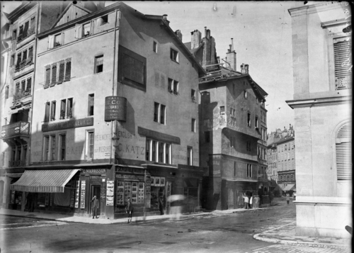 Genève, angle rue du Rhône et place de la Fusterie
