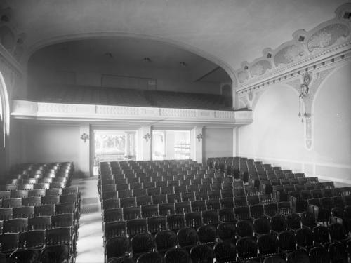 Genève, salle communale de Plainpalais: intérieur (salle Pitoeff)