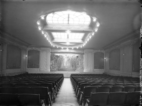 Genève, rue de l'Evêché: casino de Saint-Pierre (intérieur)