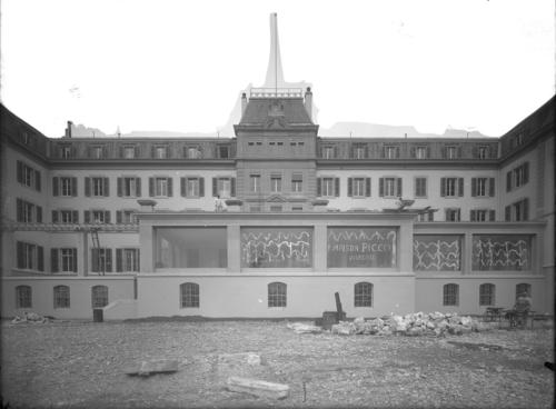 Genève, avenue de la Paix: hôtel Carlton, véranda en cours de finition