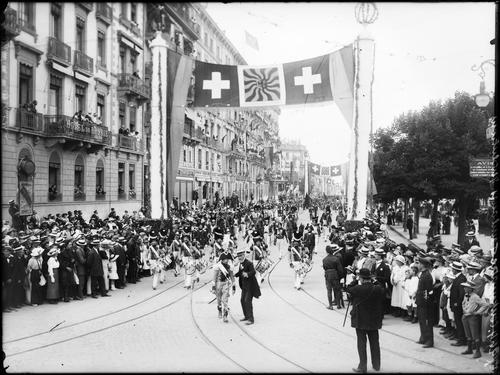 Genève, fêtes du Centenaire: cortège de clôture (la Révolution)