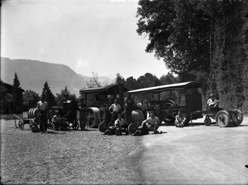 Chêne-Bougeries, route du Vallon: machines de chantier et ouvriers