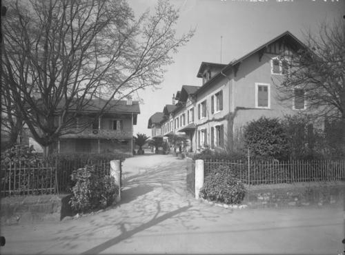 Genève, avenue de Châtelaine: école cantonale d'horticulture, entrée principale