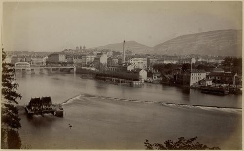 Genève, la Coulouvrenière et la ville
