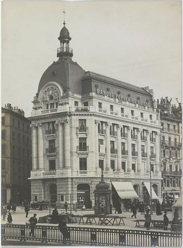 Genève, place de Saint-Gervais: Banque populaire suisse