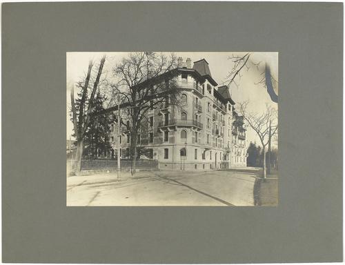 Genève, rue de Lyon numéro 64: immeuble d'habitation ayant fait l'objet d'un concours de façades