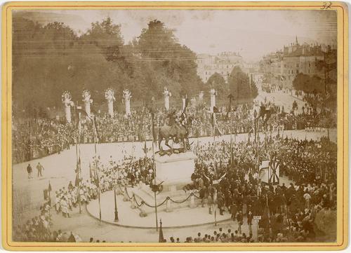 Genève, place de Neuve: fête fédérale de Gymnastique (cantate)