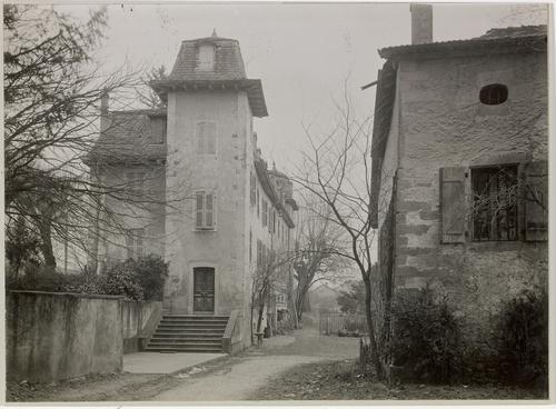 Plan-les-Ouates: château