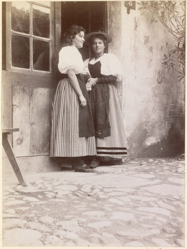 Genève, Exposition nationale: femmes au village suisse
