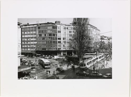 Genève, rond-point de Rive