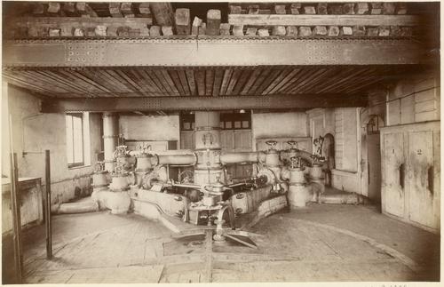 Genève, pont de la Machine: turbine à syphon et pompes Girard