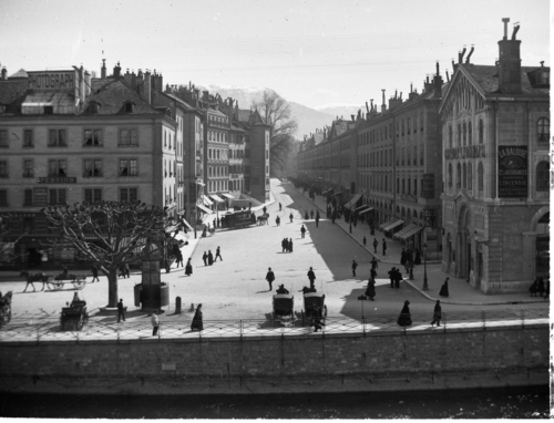 Genève, la place Bel-Air et la rue de la Corraterie