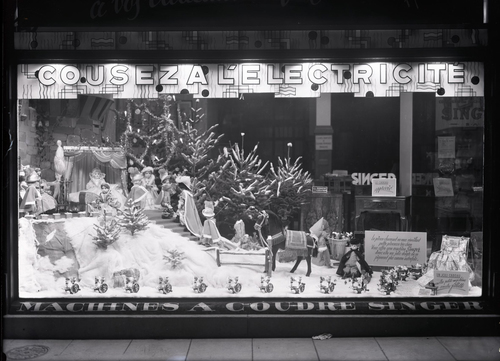 Genève, rue de la Confédération: vitrine du magasin de machines à coudre Singer
