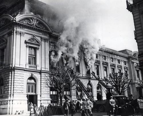Genève, boulevard du Théâtre: incendie du Grand Théâtre