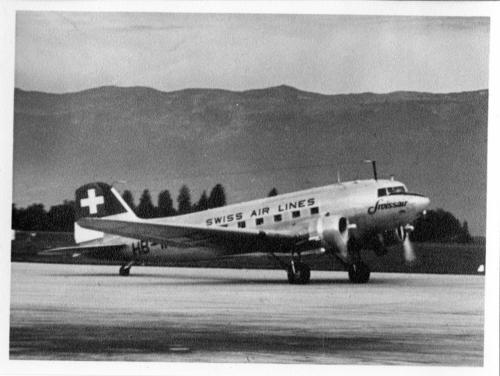 Meyrin, un avion de Swiss Air Lines sur le tarmac