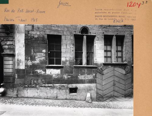 Genève, rue du Puits-Saint-Pierre: maison Tavel (rez)