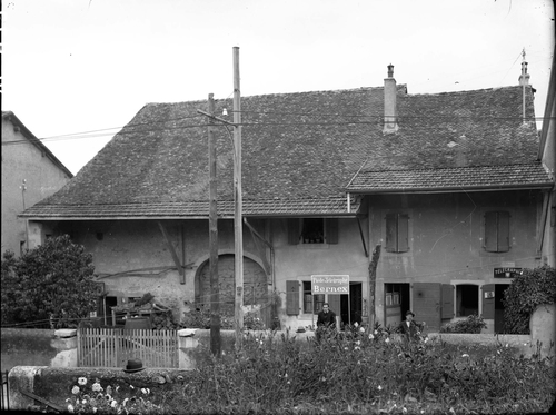 Bernex, poste
