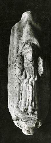 Moulage de détail de la cloche dite la Colette, actuellement à la cathédrale Saint-Pierre de Genève et provenant du couvent des Cordeliers de Rive : saint François d'Assise
