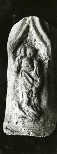 Moulage de détail de la anse de la cloche dite des heures à la cathédrale Saint-Pierre de Genève : saint Christophe