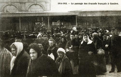 Genève, Cornavin: passage des évacués français