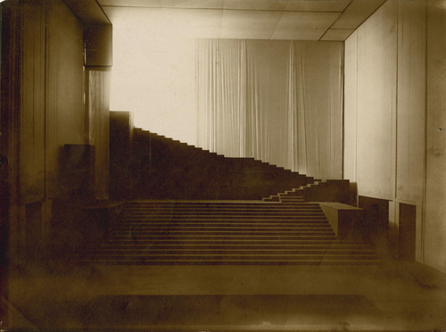 Hellerau, théâtre: décor d'Orphée par Adolphe Appia