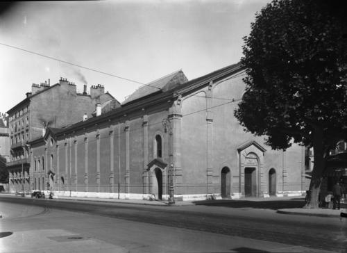 Genève, boulevard Helvétique: salle de la Réformation (vue de la rue du Rhône)