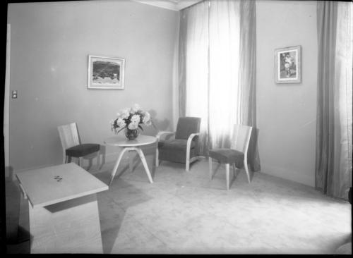 Genève, rue Général-Dufour: salle d'attente du cabinet du dentiste Chamay