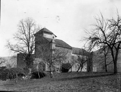 Haute-Savoie, Avully: château