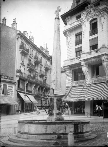 Genève, place de Saint-Gervais: fontaine