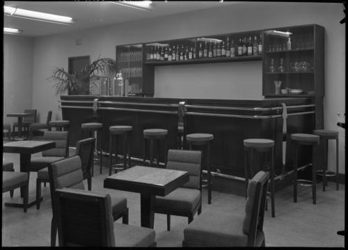Genève, place de la Fusterie: cinéma ABC, bar