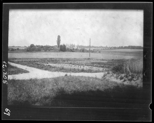 Meinier, Rouelbeau: les marais et les ruines du château