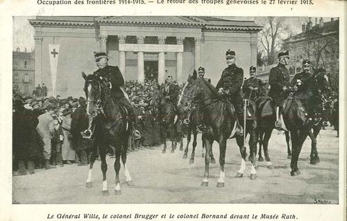 Genève, place de Neuve: le général Ulrich Wille, le colonel Brugger, le colonel Bornand