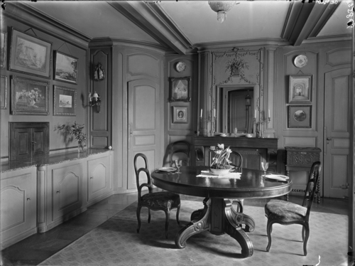 Genève, route de Malagnou: maison du baron Carl-Frédéric de Geer, salle à manger