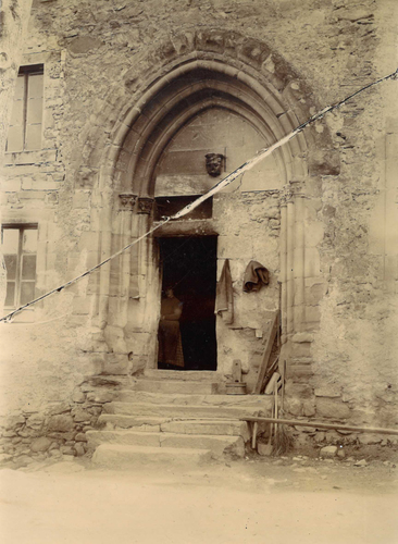 Haute-Savoie, Perrignier: portail de l'ancienne église cistercienne du Lieu
